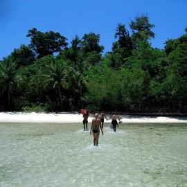 Beach In Una Una